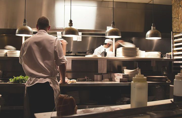 Pomysł na znakomitą kuchnię – meble